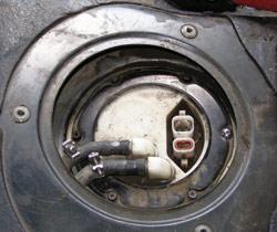 замена топливного насоса на бензобаке